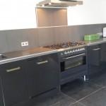 Keuken met verlichting afzuigkap